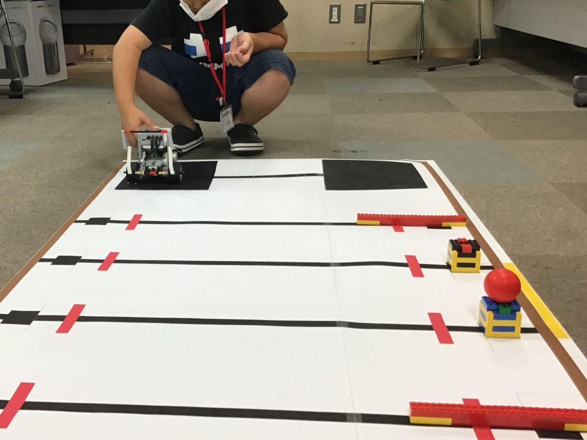 ベーシック競技:ロボットとアームとプログラムのアイデア