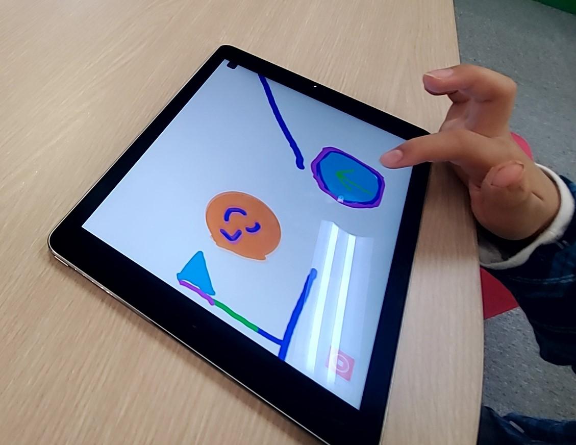 iPadを使ってオリジナルゲーム制作に挑戦!